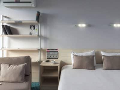 Стандарт с одной двуспальной кроватью Green Park 2