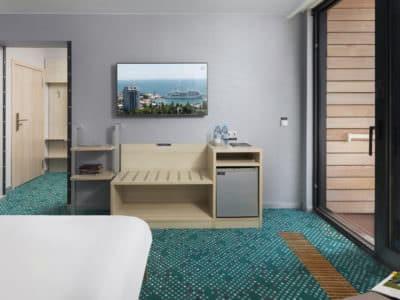 Стандарт с одной двуспальной кроватью Green Park 3